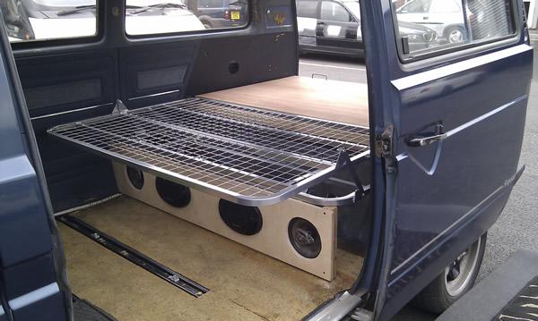 t25 rock and roll bed in bed position volkswares. Black Bedroom Furniture Sets. Home Design Ideas